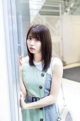 『FLASHスペシャル2019盛夏号』に登場する欅坂46・小林由依(C)矢西誠二、光文社