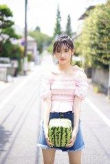 『FLASHスペシャル2019盛夏号』に登場するAKB48・歌田初夏 (C)木村哲夫、光文社