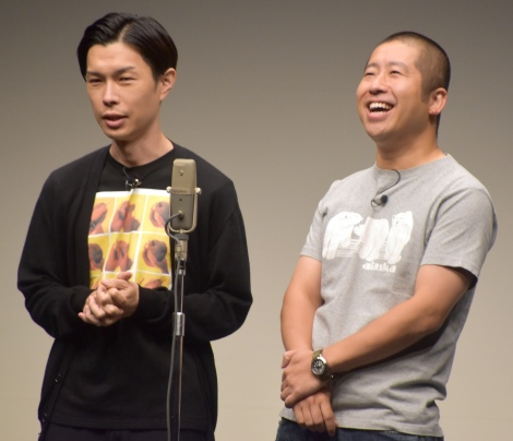 お笑いライブ『タイタンライブ』8月公演に出演したハライチ(左から)岩井勇気、澤部佑(C)ORICON NewS inc.