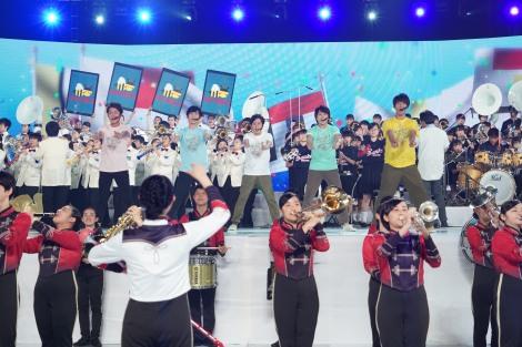 『24時間テレビ 42』企画『嵐×ブラスバンド甲子園』 (C)日本テレビ
