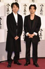 NHK・BSプレミアム『八つ墓村』記者会見に出席した(左から)吉岡秀隆、村上虹郎 (C)ORICON NewS inc.