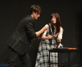 ゲーム企画に挑戦した(左から)平野紫耀、橋本環奈 (C)ORICON NewS inc.
