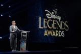 爆笑スピーチで盛り上げた(C)Walt Disney Television