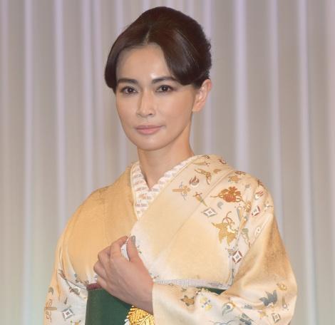 『第58回清鈴苑きものショー』に出演した長谷川京子 (C)ORICON NewS inc.