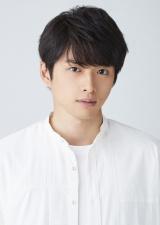 テレビ東京系ドラマBiz『ハル 〜総合商社の女〜』(10月21日スタート)に出演する白洲迅