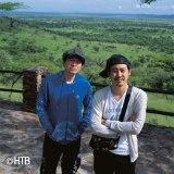2013年放送、『水曜どうでしょう「初めてのアフリカ」』より(左から)鈴井貴之、大泉洋(C)HTB