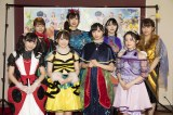(前列左から)坂口渚沙、倉野尾成美、小栗有以、濱咲友菜、(後列左から)太田奈緒、佐藤朱、佐藤七海、清水麻璃亜
