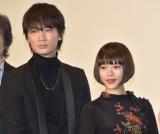 映画『楽園』の完成披露イベントに参加した(左から)綾野剛、杉咲花 (C)ORICON NewS inc.
