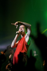 """全19曲を熱唱した菅田将暉=『菅田将暉LIVE TOUR 2019""""LOVE""""』ファイナルより Photo by 上飯坂一"""