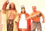 映画『ヘルボーイ』(27日公開)の公開直前イベントに登壇した(左から)ヘルボーイ、ゆきぽよ、クロちゃん (C)ORICON NewS inc.