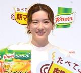 サプライズで巨大ケーキ登場に感激していた永野芽郁 (C)ORICON NewS inc.