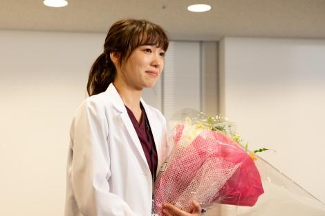 木曜ドラマ『サイン—法医学者 柚木貴志の事件—』クランクアップの模様