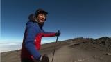 ABCテレビ『おはよう朝日です』の岩本計介アナウンサー。写真はキリマンジャロ山頂に到達間近のところで撮影。この後、ただ一人、登頂に成功する(C)ABCテレビ