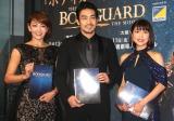 ミュージカル『ボディガード』来日公演の初日レッドカーペットイベントに出席した(左から)柚希礼音、大谷亮平、新妻聖子 (C)ORICON NewS inc.
