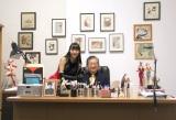 """『画業50年""""突破""""記念 永井GO展』の内覧会に出席した(左から)高崎かなみ、永井豪氏 (C)ORICON NewS inc."""