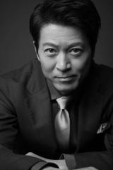 総合テレビ・ドラマ10『ミス・ジコチョー〜天才・天ノ教授の調査ファイル〜』寺脇康文が主人公・松雪泰子の最大のライバルに