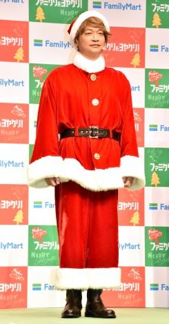 『ファミリーマート ファミクリをヨヤクリ!』クリスマスイベントに登壇した香取慎吾 (C)ORICON NewS inc.