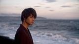 まふまふ新曲「それは恋の終わり」MVに出演する佐野勇斗