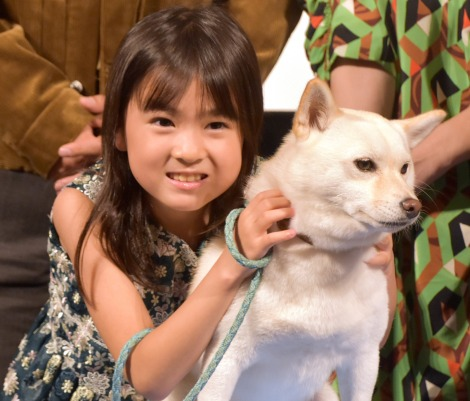 映画『駅までの道をおしえて』完成披露イベントに出席した新津ちせ、ルー (C)ORICON NewS inc.