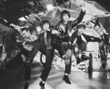映画『HELLO WORLD』のオリジナル・サウンドトラック(9月18日発売)にはOKAMOTO'Sによる主題歌「新世界」を収録