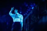 オープニングは平手友梨奈がソロでダンス=欅坂46『夏の全国アリーナツアー2019 追加公演 in 東京ドーム』より Photo by 上山陽介