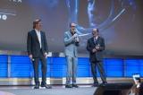 映画『アド・アストラ』(公開中)ワシントンDCスペシャル・スクリーニングの模様(左から)ブラッド・ピット、ジェームズ・グレイ監督、トミー・リー・ジョーンズ