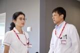 加地秀樹の秘密を握る不気味な看護師長を演じる(C)テレビ朝日