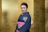 「人生初めて髪型をオールバックにしました」(C)NHK