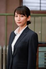 ドラマスペシャル『時効警察・復活スペシャル』に出演する吉岡里帆