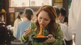 ファーストサマーウイカが食べているのは「もちっと食感の汁なし担々麺」