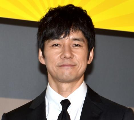 映画『任侠学園』の初日舞台あいさつに出席した西島秀俊