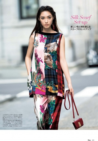 『25ans』でモデルデビューした14歳のあんな=『ヴァンサンカン11月号』撮影:水田学