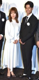 映画『蜜蜂と遠雷』試写会に登壇した(左から)松岡茉優、森崎ウィン (C)ORICON NewS inc.