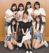 ミスマガジンの公式YouTubeチャンネル「ミスマガTV」に出演したレジェンド・小阪有花(下段中央)