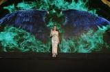ディズニー映画『マレフィセント2』ジャパンプレミア。アンジェリーナ・ジョリーがマレフィセントの翼を広げる演出