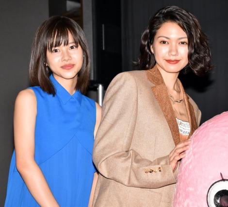 映画『生理ちゃん』の完成披露舞台あいさつに登壇した(左から)松風理咲、二階堂ふみ (C)ORICON NewS inc.