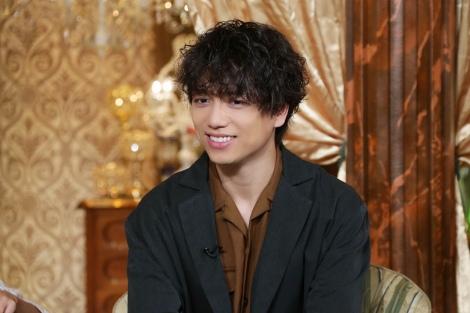 ゲストの山崎育三郎=10月6日放送、『3秒聴けば誰でもわかる名曲ベスト100』(C)テレビ東京