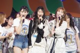 現役1期生3人(左から)川上礼奈、白間美瑠、吉田朱里=結成9周年ライブ『NMB48 9th Anniversary LIVE』より(C)NMB48