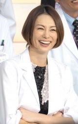 『ドクターX〜外科医・大門未知子〜』の制作発表会に出席した米倉涼子 (C)ORICON NewS inc.