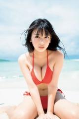 『週刊少年マガジン』45号(講談社)の表紙を飾った沢口愛華