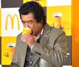 日本マクドナルドの『新プレミアムローストコーヒー リニューアル発表会』にゲストとして参加した藤岡弘、