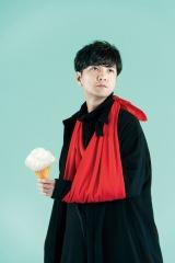 日本テレビ系ドラマ「同期のサクラ」主題歌「さくら(二〇一九)」を歌う森山直太朗