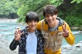 『G線上のあなたと私』での兄弟ショット(左から)荒木飛羽、鈴木伸之(C)TBS