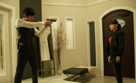 衝撃のラストで終えたドラマ『奥様は、取り扱い注意』が映画化 (C)2020映画「奥様は、取り扱い注意」製作委員会