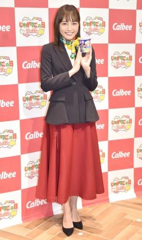 受付嬢ファッションを披露した川口春奈=『じゃがりこミュージアム』のオープニングイベント (C)ORICON NewS inc.