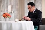 日曜劇場『グランメゾン東京』2話に出演する春風亭昇太 (C)TBS