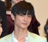映画『葬式の名人』の公開初日舞台あいさつに登場した高良健吾 (C)ORICON NewS inc.