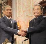 『探偵!ナイトスクープ』の局長をバトンタッチした(左から)松本人志、西田敏行 (C)ORICON NewS inc.