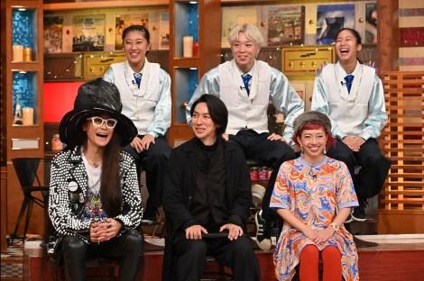 10月27日放送『関ジャム 完全燃SHOW』(前列左から)振付稼業air:man、TAKAHIRO、akane(後列)KANA-BOON!(C)テレビ朝日