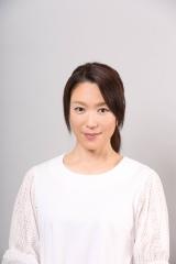 『シャーロック』第5話に出演する若村麻由美(C)フジテレビ